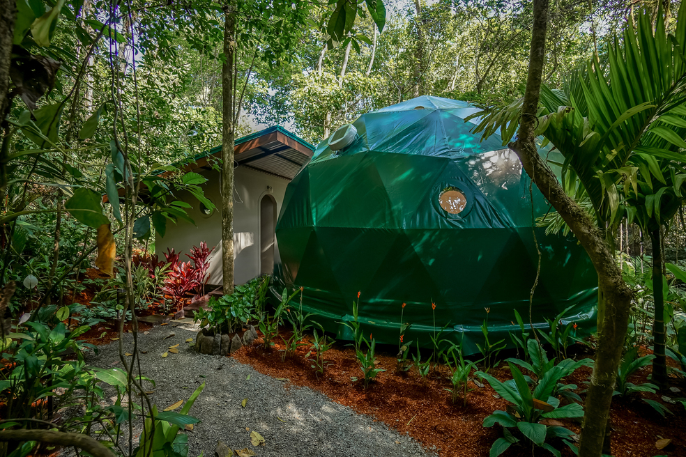 costa-rica-yoga-retreat-venue-experience-retreats-geodesic-dome.jpg