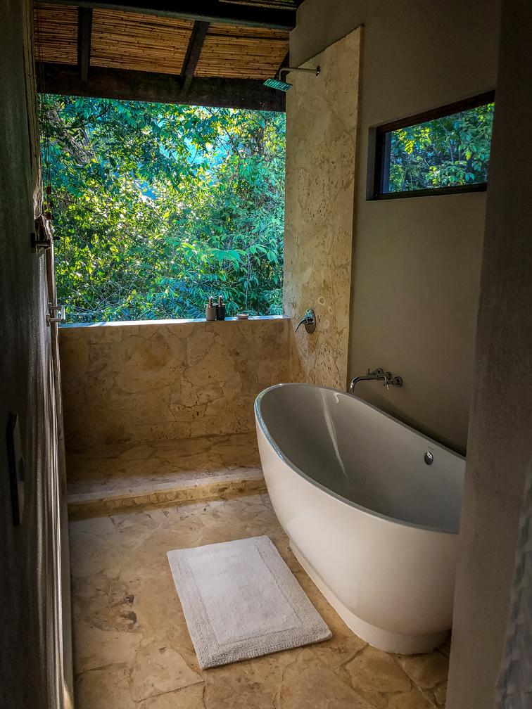costa-rica-yoga-retreat-venue-experience-retreats-Bathroom 3.jpg
