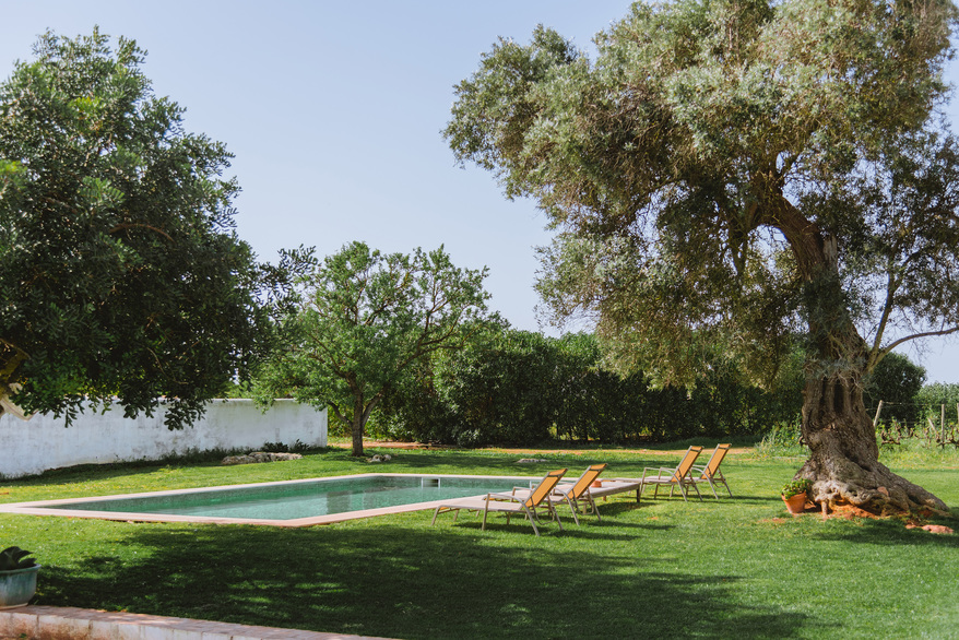 RETREAT_SWIMMING_POOL_ALGARVE_Yoga_retreat_venue_Experience-retreats.jpg