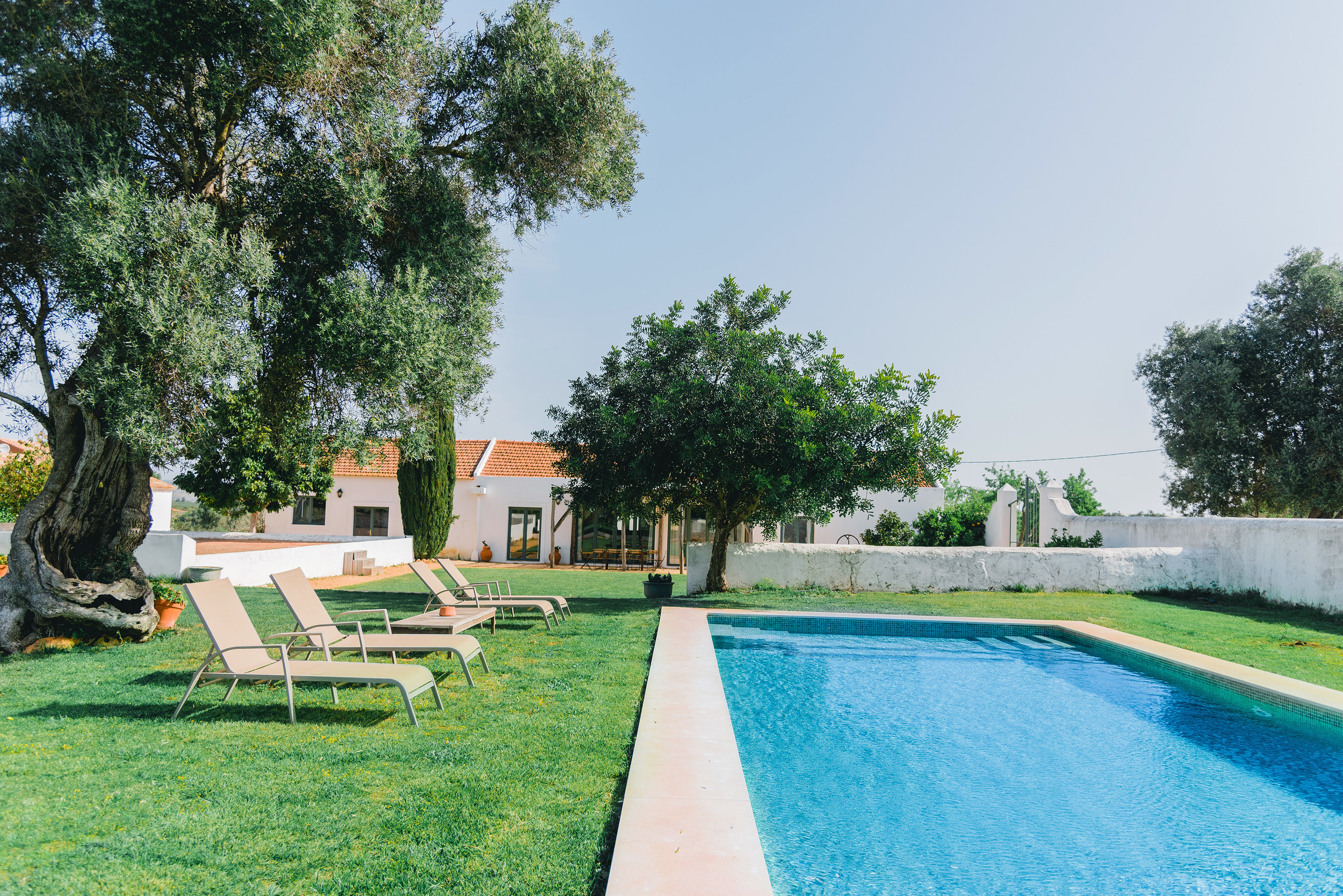 Swimming_pool_1_ALGARVE_Yoga_retreat_venue_Experience-retreats.jpg