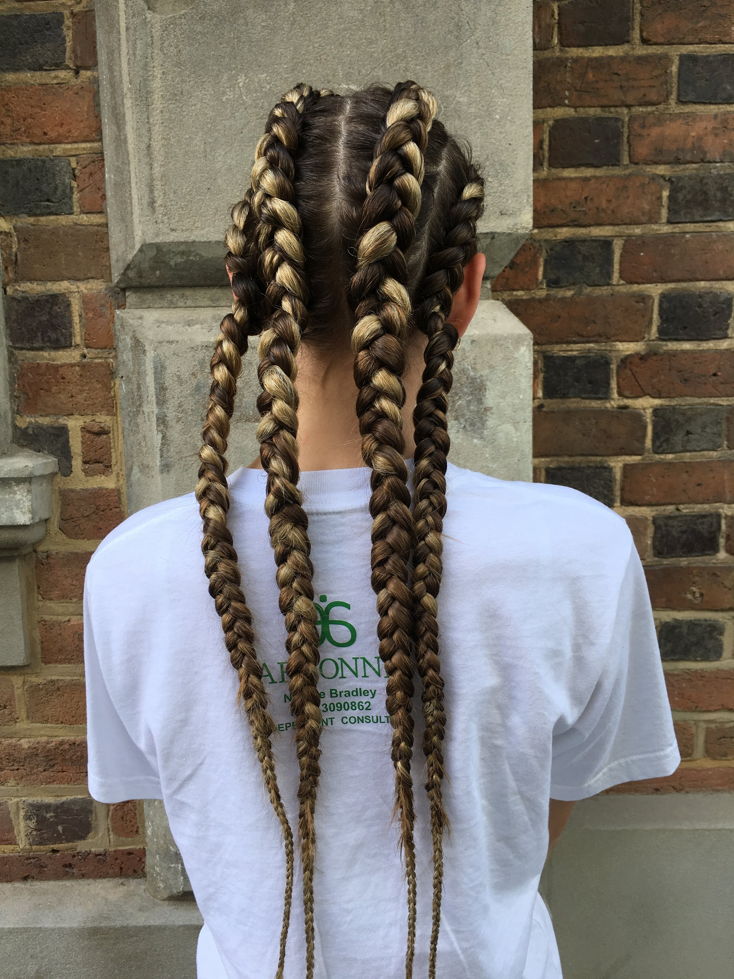 CORNROWS / BRAIDS CORNROWS - 2 FROM $50FULL HEAD FROM $150