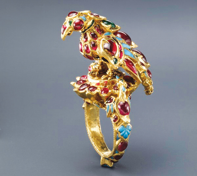 Ring, India, 17th century, gold, set with rubies, emeralds, and turquoise. Courtesy of The al-Sabah Collection, Kuwait.