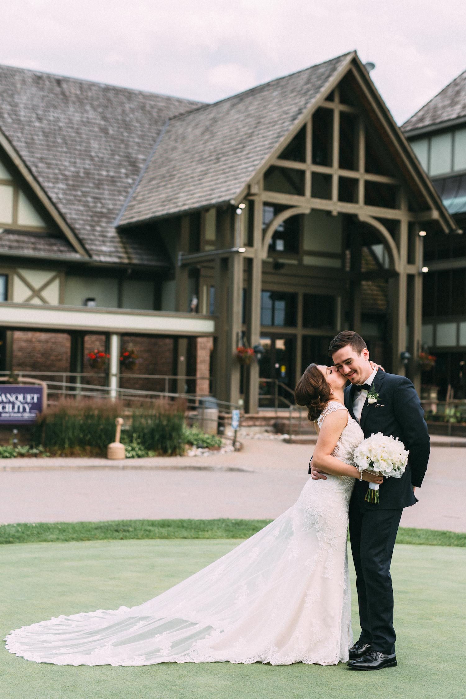 Deer Creek Golf & Banquet Facility - Deer Creek encompasses an exquisite wedding venue with breathtaking landscape that boasts natural scenic beauty.Address: 2700 Audley Rd. North, AjaxEmail: info@golfdeercreek.comContact: Ashley VandenbergPhone: (905) 427-7737 x 247Website: www.eventsdeercreek.cominstagram ~ facebook ~ twitter