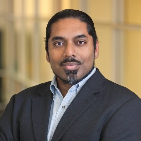 Sri Muthu - Sri is CEO & Co-founder of HealthVenture Corporation and Managing Director of HealthVenture Labs. Immediately prior, he was the Head of Technology for the Wells Fargo Startup Accelerator. Previous roles include the Head of Technology for Zelle.