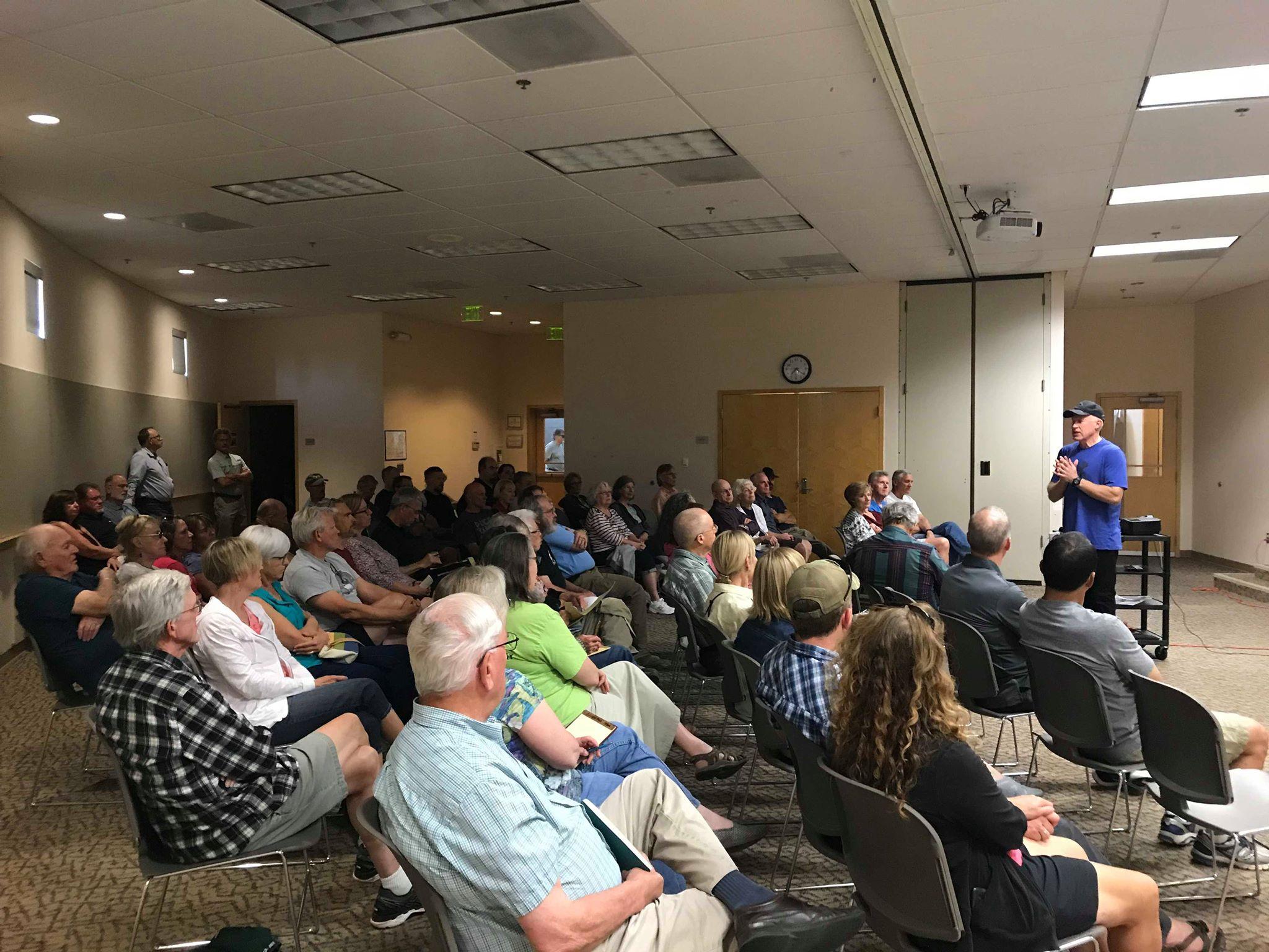 Speaking to a group at Kennewick, Washington