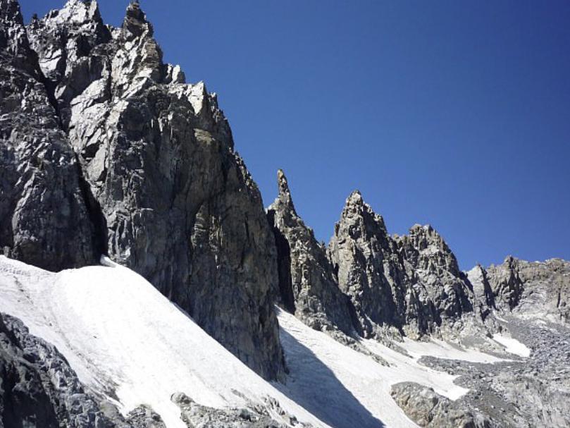 The Minaret Range