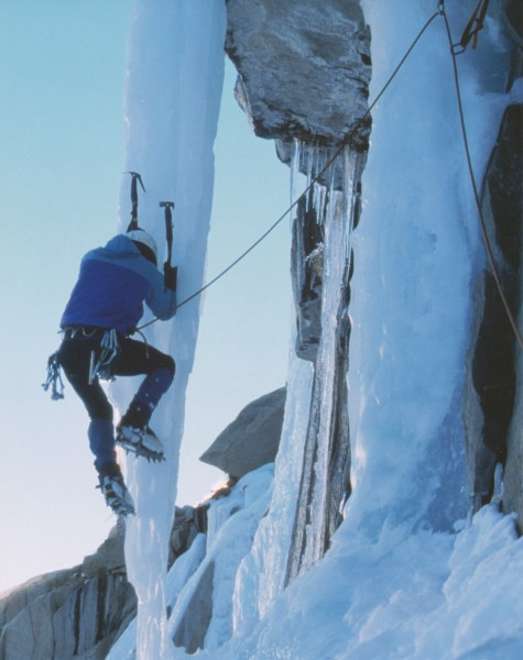 Pete Schoerner climbing The Fang in Lee Vining Canyon