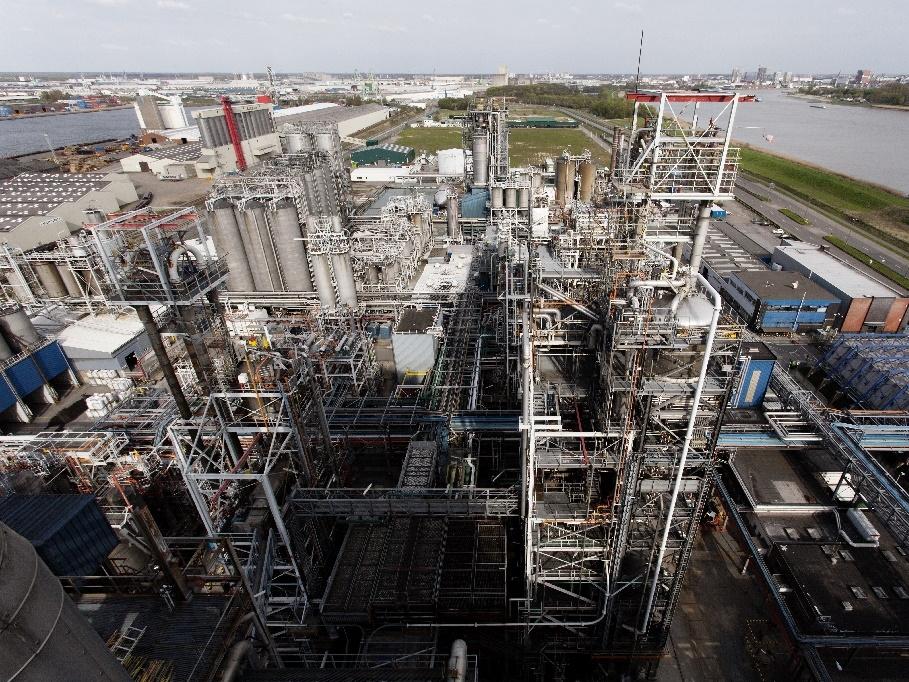 TOTAL Refinery Antwerp, Belgium. Hazardous Area Classification and Verification Dossier build.