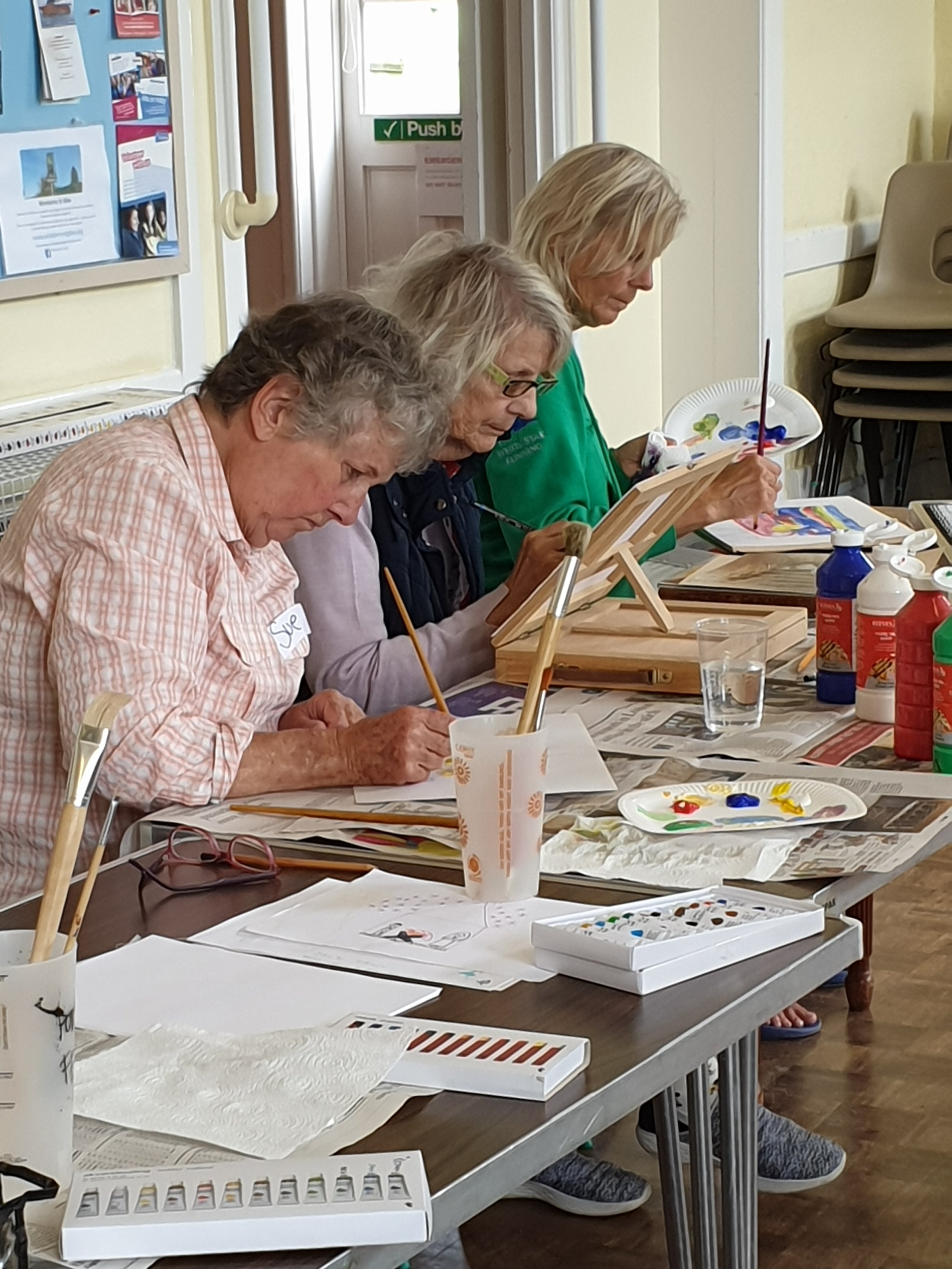 Art session In Jolly Good Company.jpg