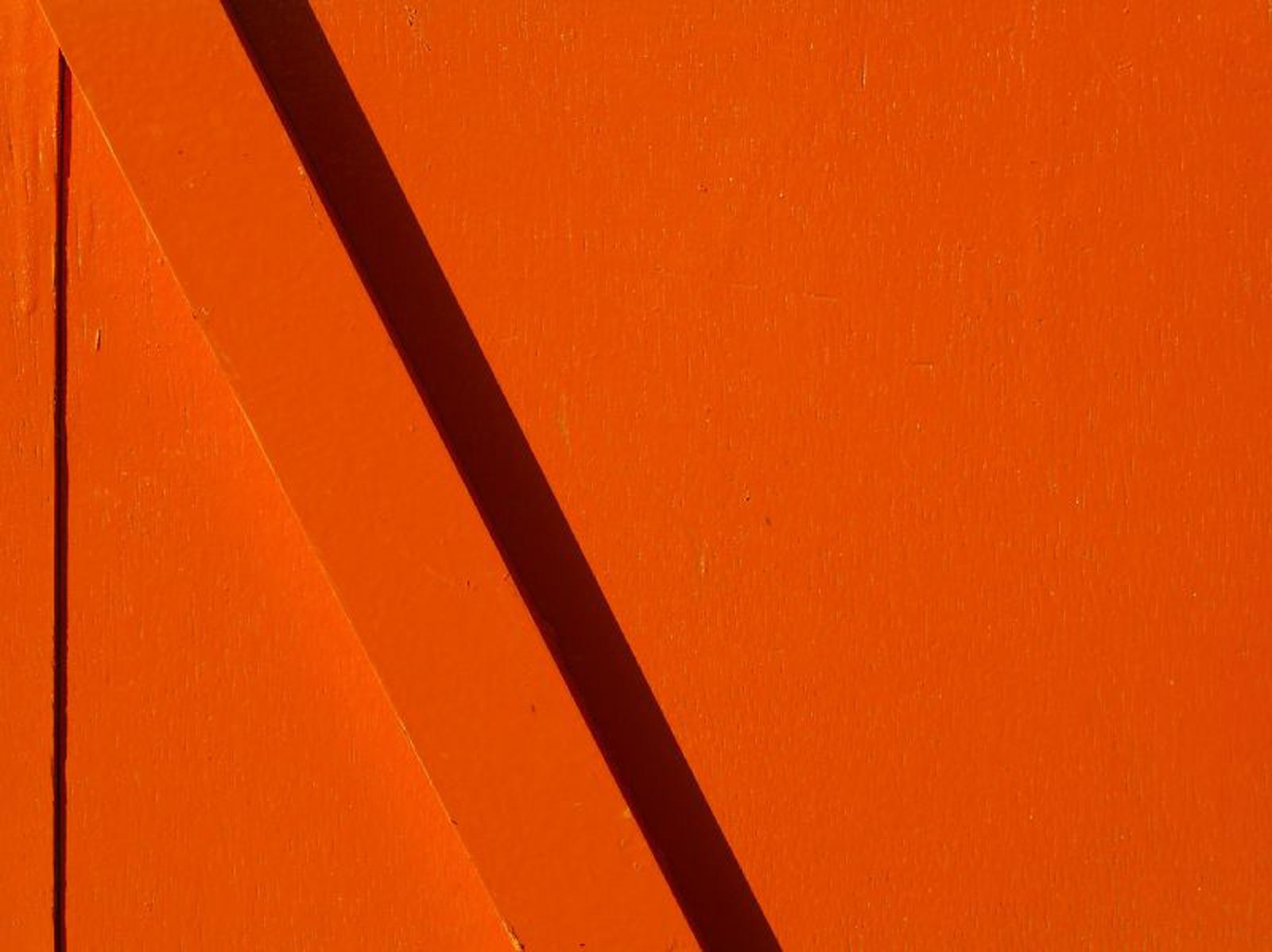 orange_shadow_2.jpg
