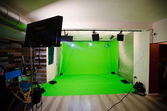 Green screen 😀