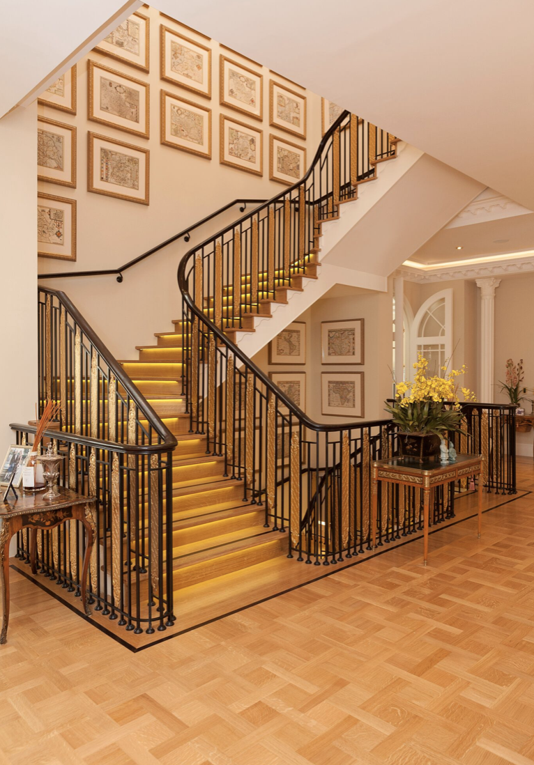 CONTINUOUS VERSAILLES IN NATURAL FINISH WITH WENGE BORDER  - ST. GEORGE'S HILL (CROWN ESTATE), WEYBRIDGE SURREY