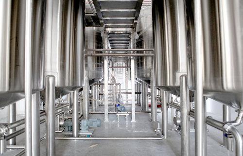 Longjeviteas-commercial-bottling-operation (1).jpg