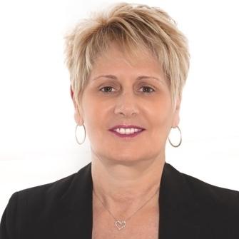 20180131 - Global Learning - Elaine Newman Headshot.JPG