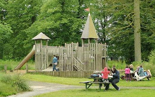 A DAY IN THE PARK - Your Owl Centre ticket allows you to come and go all day so you can enjoy the other great Park facilities.• Adventure Playground.• 9-Hole Golf Course.• Golf Driving Range.• Bowling Green.• Woodland Walks.• Café.