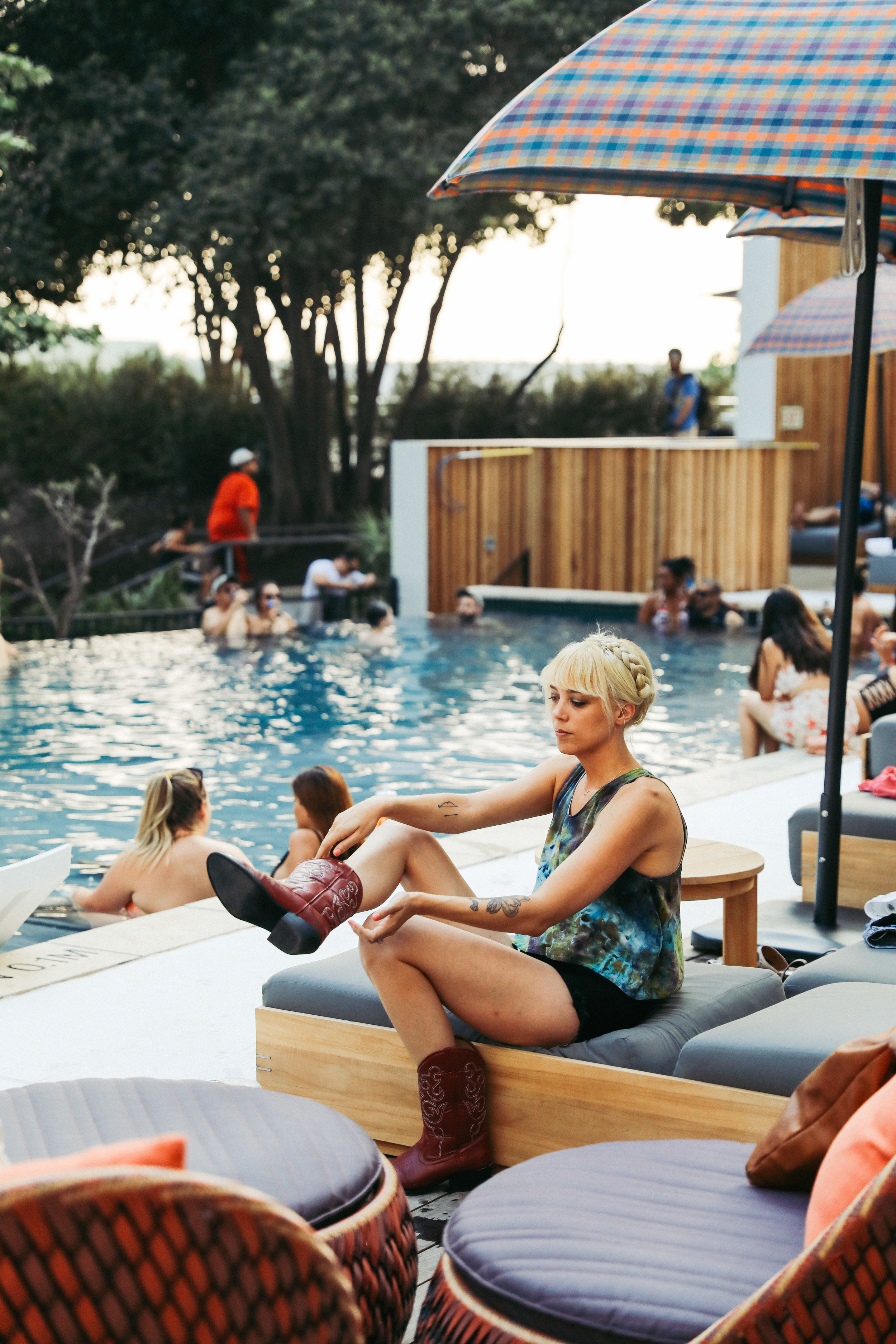 LINE_poolparty_D__51.jpg