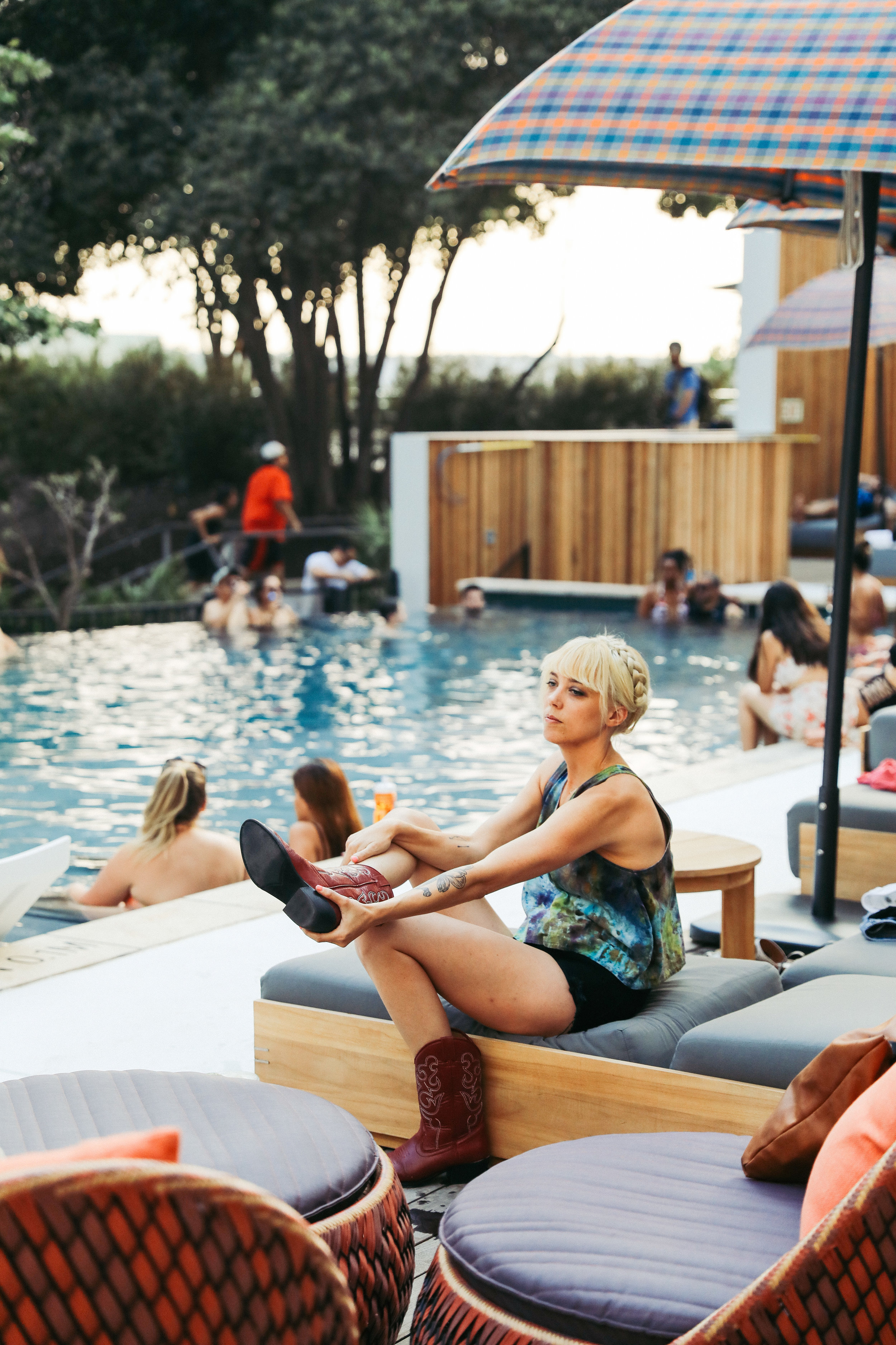 LINE_poolparty_D__52.jpg