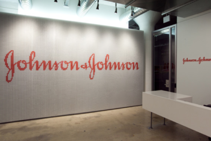 Johnson & Johnson.png