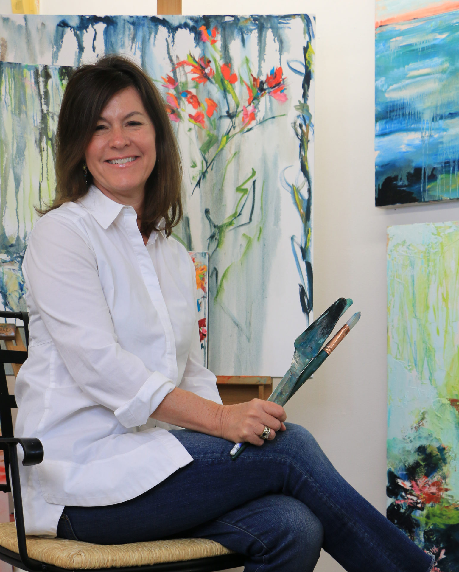 Betsy Powell loves art and  community in Greenville, SC - https://www.greenvillearts.com/artist/betsy-powell/                  https://coldwellbankercaine.com/meet-the-artist-betsy-powell/