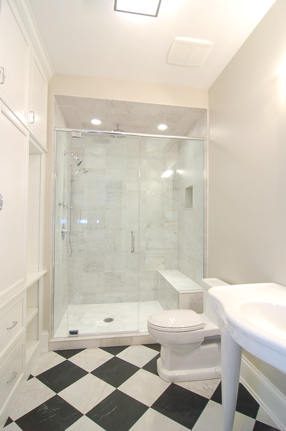 625_Schubert_Bathroom.jpg