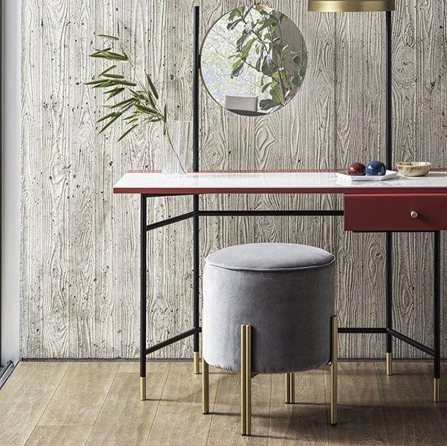 """Le Pouf « Pouffoso » by @bontempi_casa   Une option d'assise et de décoration douce et somptueuse qui offre une présence élégante et raffinée à votre espace de vie ...   ___________________  The """"Pouffoso"""" Pouf by Bontempi Casa  A soft and plush seating and decoration option that offers an elegant and refined presence for your living space ..."""