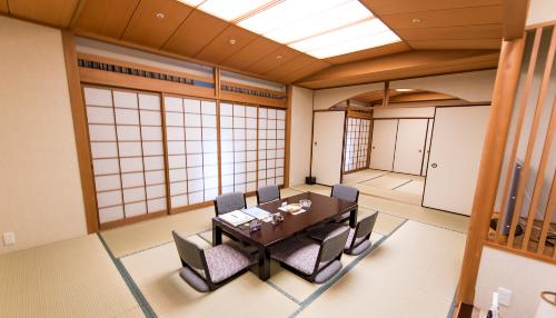rooms-index-japanese-room-74.jpg