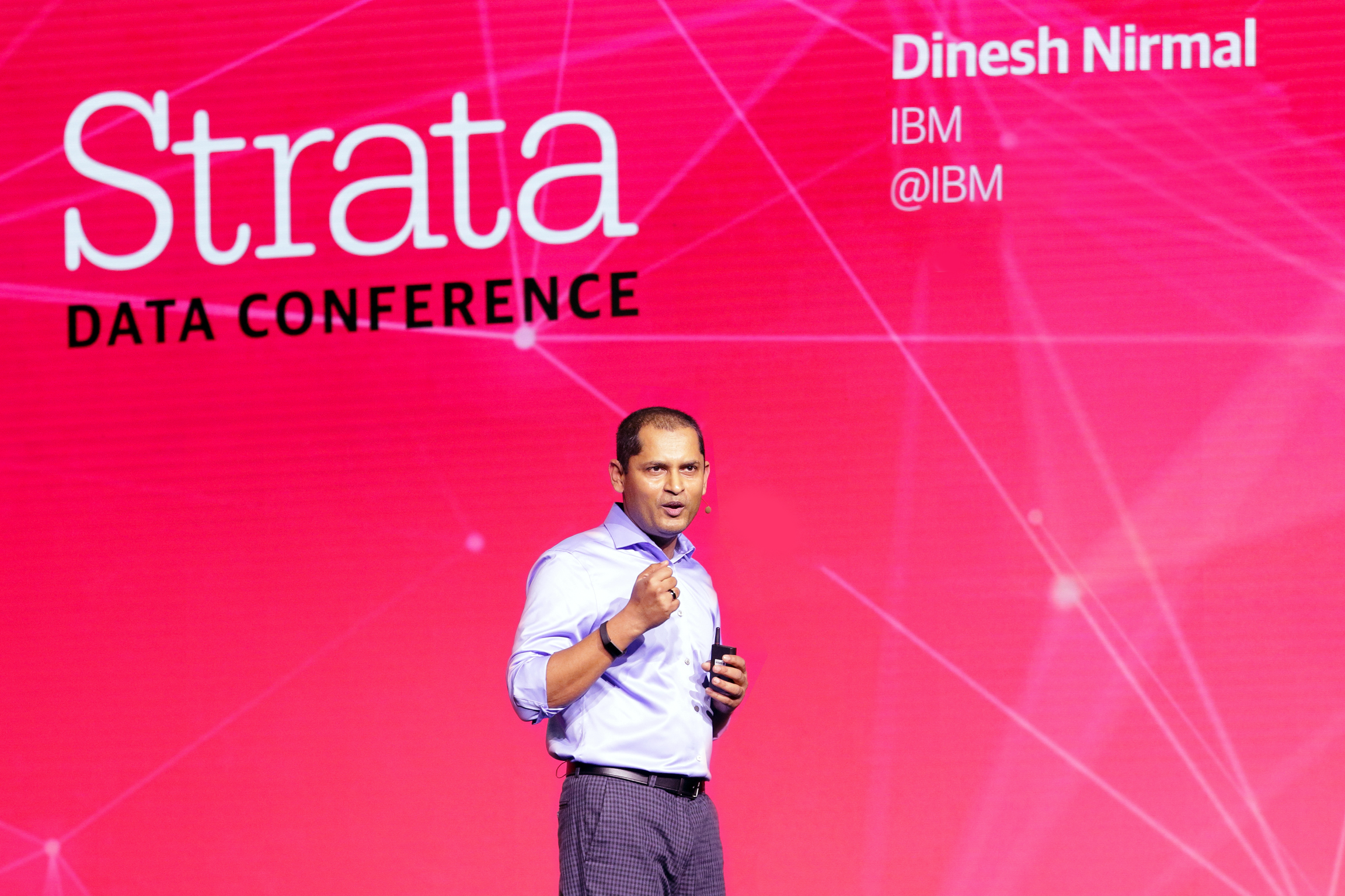 Keynote at Strata Data San Francisco 2019:Modernizing Your Data Estates for anAI and Multicloud World - IBM's Dinesh Nirmal shares a data asset framework that incorporates current business structures and the elements you need for an AI-fluent data platform.
