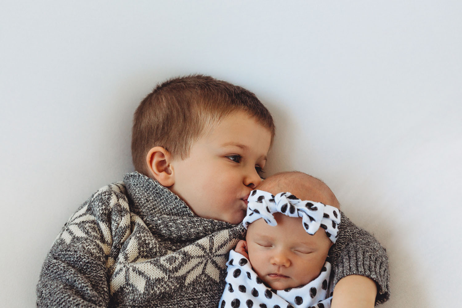 Newborn photography of siblings in Rutherford, New Jersey