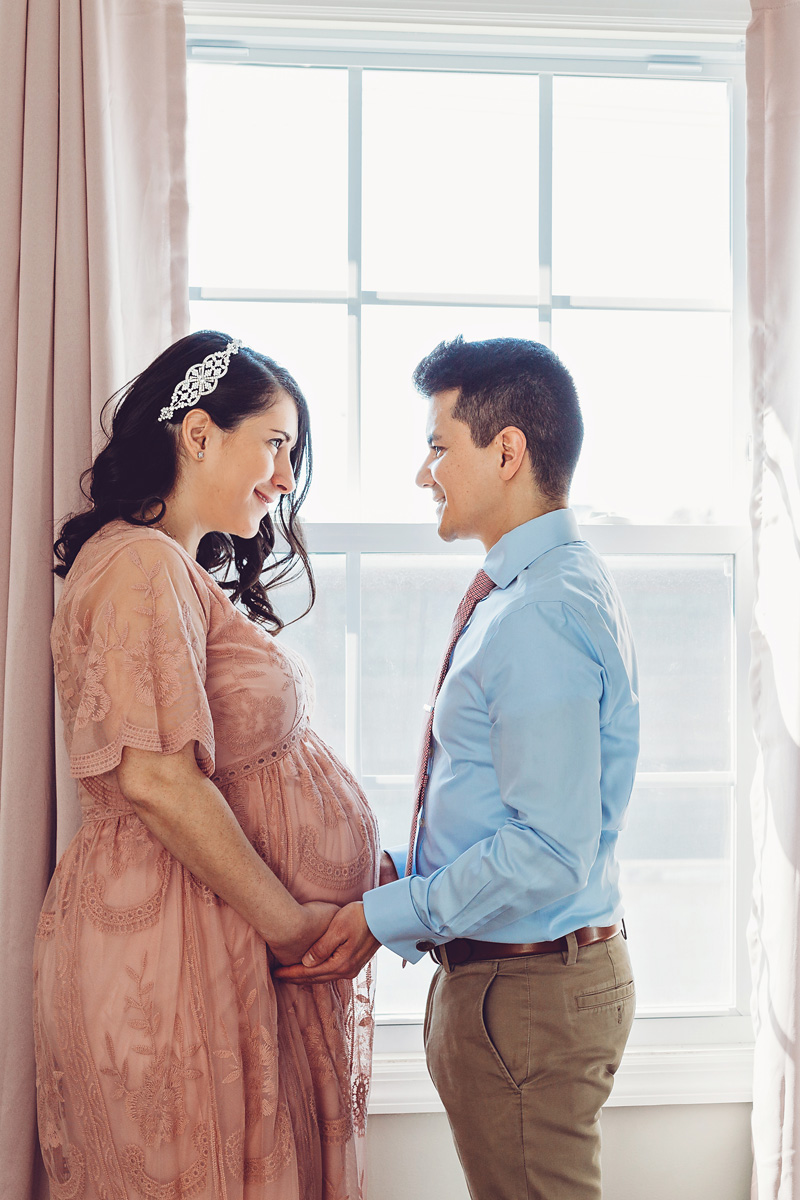 Maternity Photography in New Jersey of a couple in love