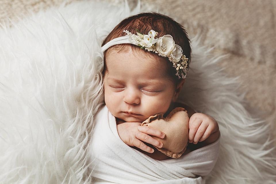 new jersey newborn photographer in bergen county