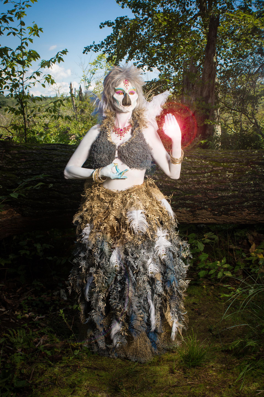 Mode & Costume by: Ebony Amber