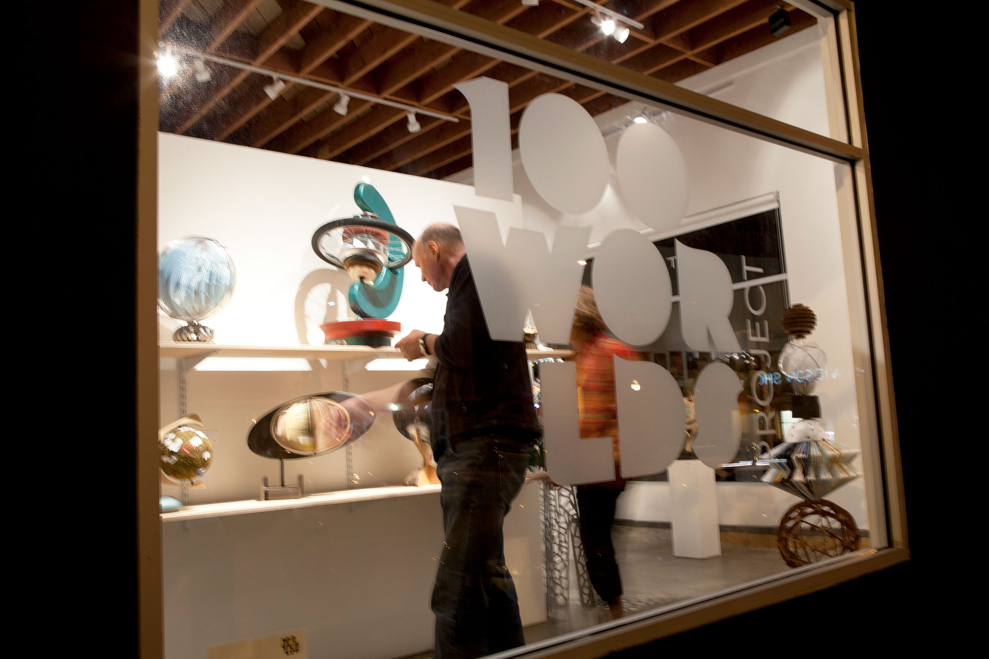 ron-miriello-grafico-san-diego-100-worlds-project-sculpture-globe-Miriello-branding-officina-01.jpg