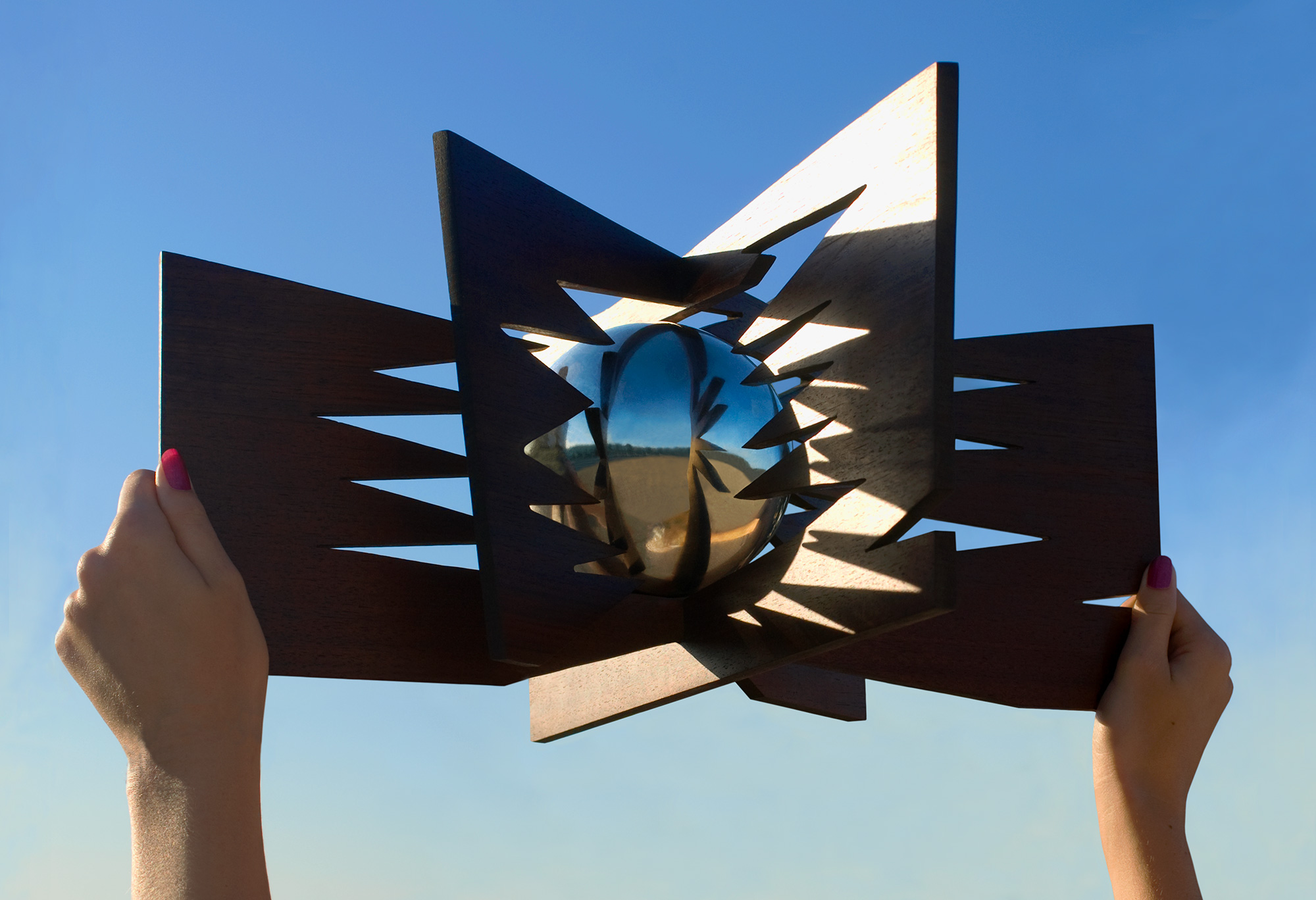 ron-miriello-grafico-san-diego-100-worlds-project-sculpture-globe-Miriello-branding-officina-13jpg