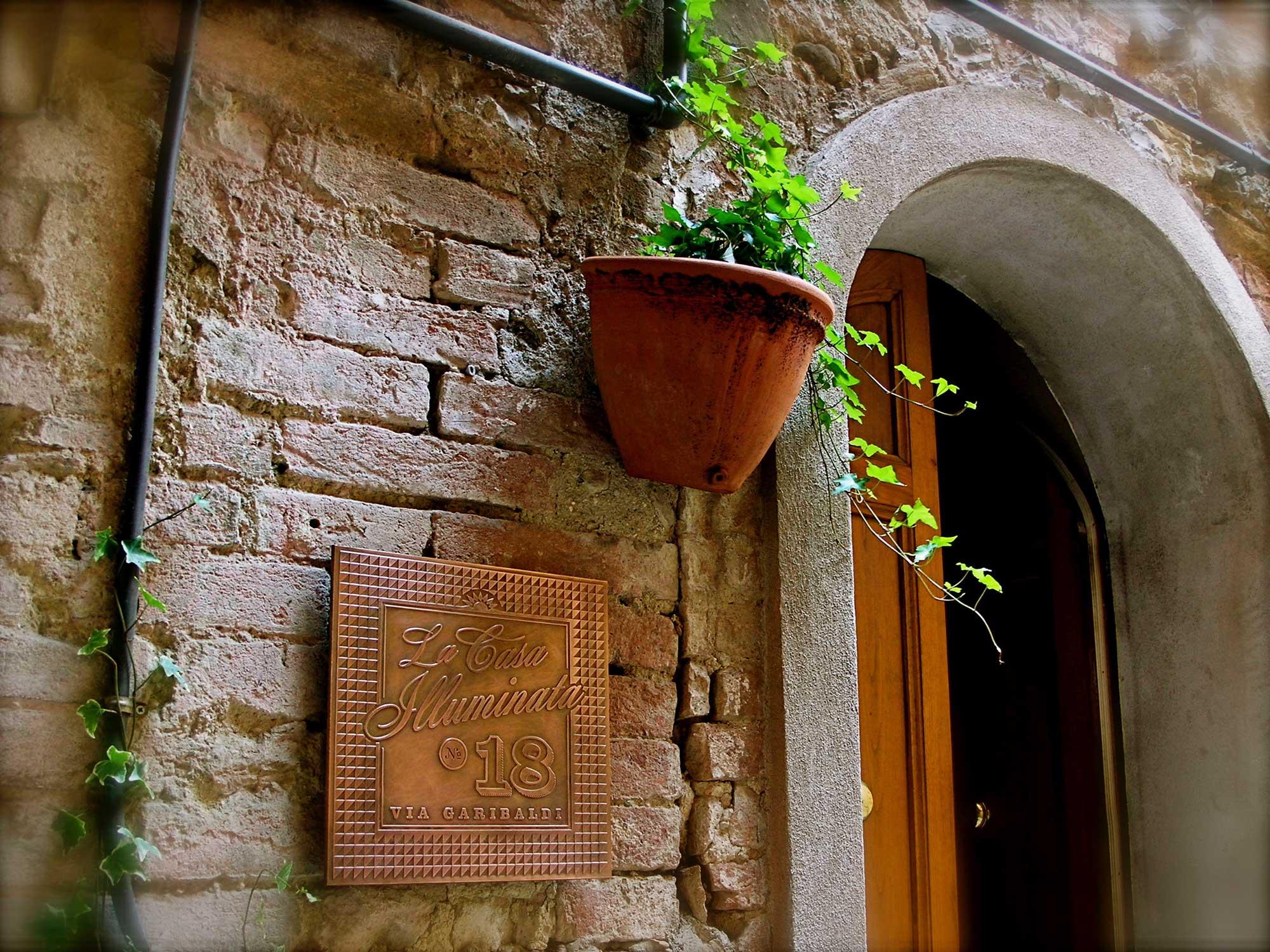 ron-miriello-grafico-Radicondoli-casa-illuminata-siena--Miriello-tuscany-italy-officina-la-pergola-07.jpg