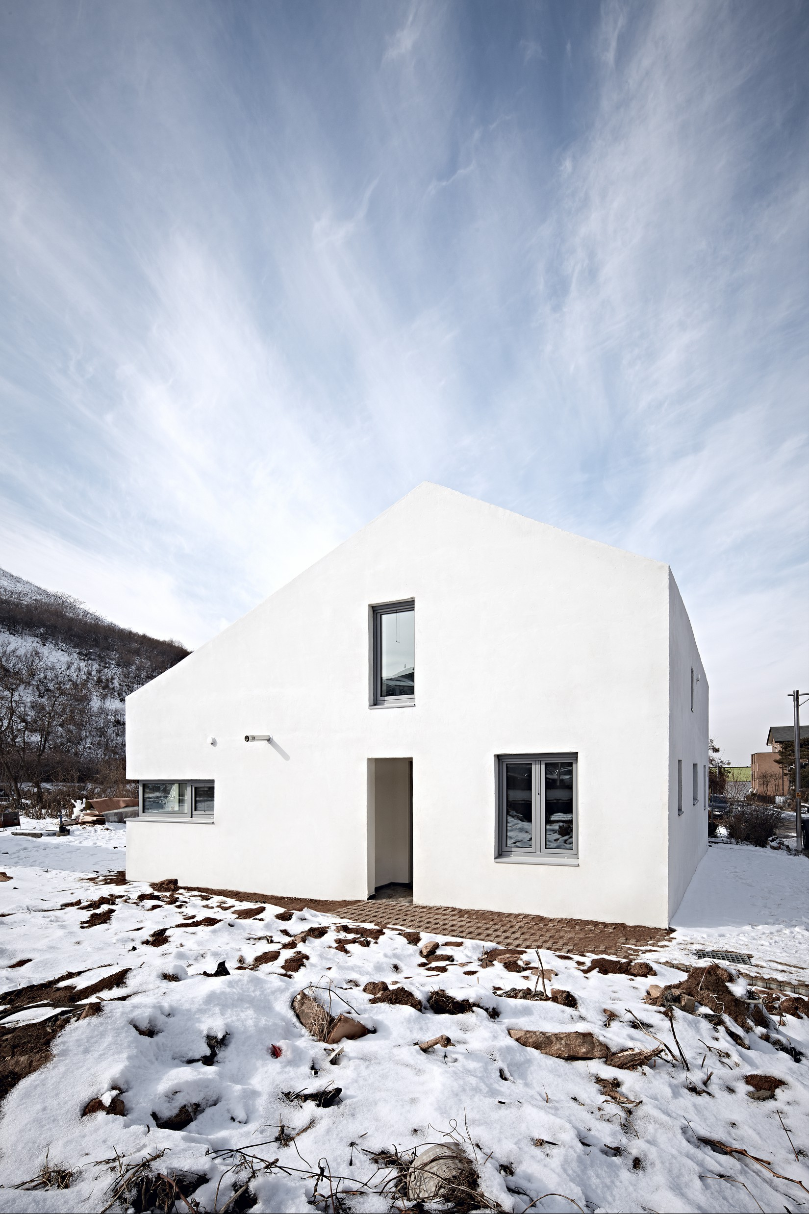 용감한 주택_june architects_05.jpg