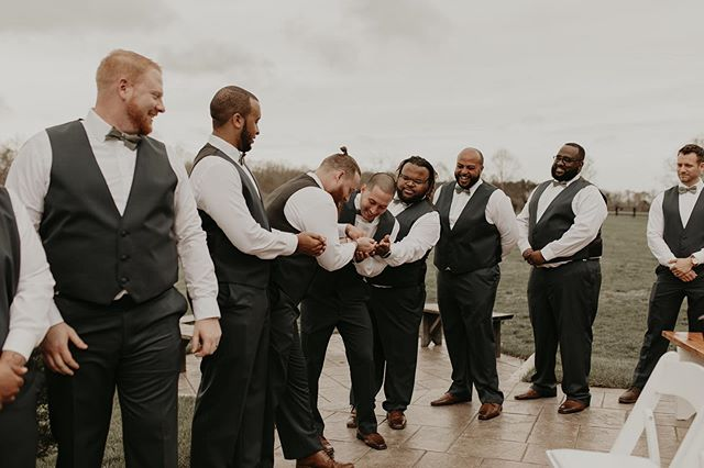 When you have 749201958582 groomsmen, rest assured they will get you that ring in no time. These guys were the absolute best and had me laughing all day but I'd say this moment took the cake in regards to straight up belly laughs    second @sammelonephotography