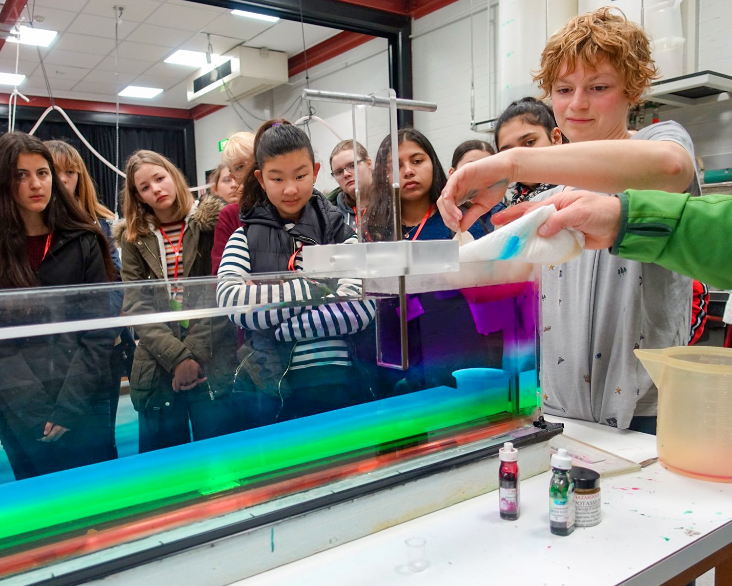Students discover how gravity currents work in the Climate and Fluids lab. Image:  Larisa Medenis .