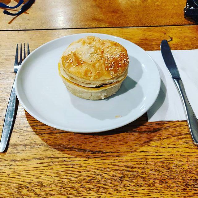 A simple unassuming completely delicious #vegan #plantbased pie, thanks @gristartisanbakers in #kyneton  #morevegmoreoften #consciouseating #eatfortheplanet #eatforyourhealth #lessmeatmoreveg #macedonranges #macedonrangesfood #daylesfordmacedonranges #macedonrangesnaturallycool