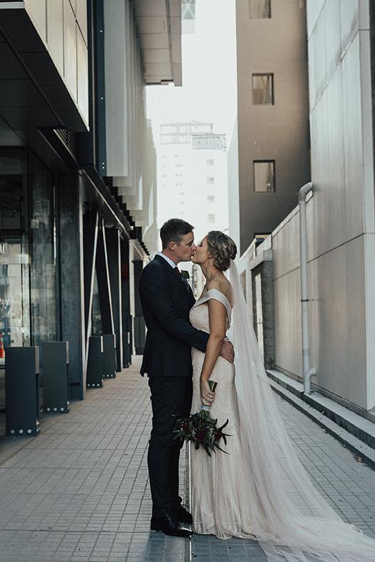Elizabeth_may_bridal_Ché&BrianSneakPeek-8.jpg