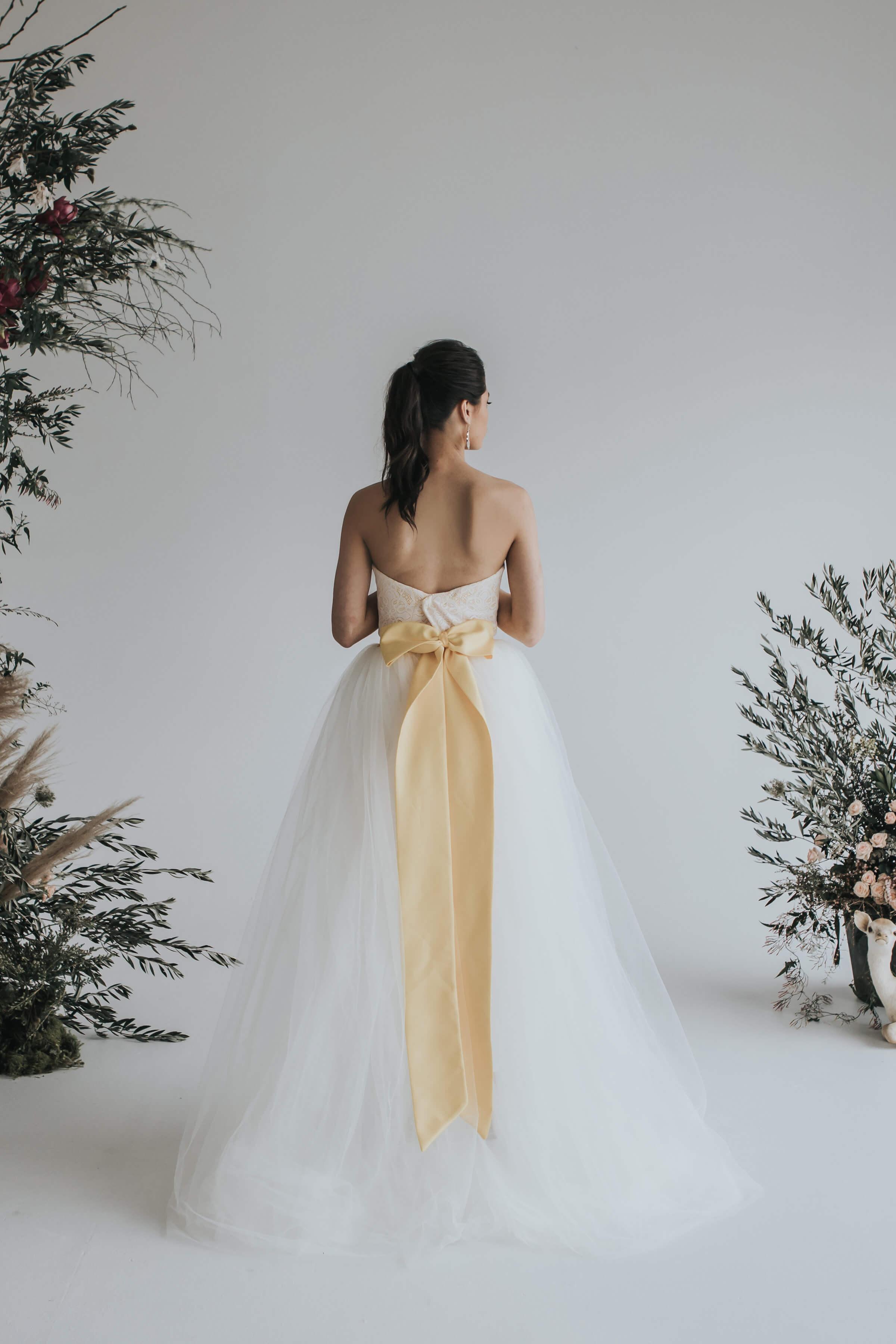 Elizabeth_may_bridal_deity_4.jpg