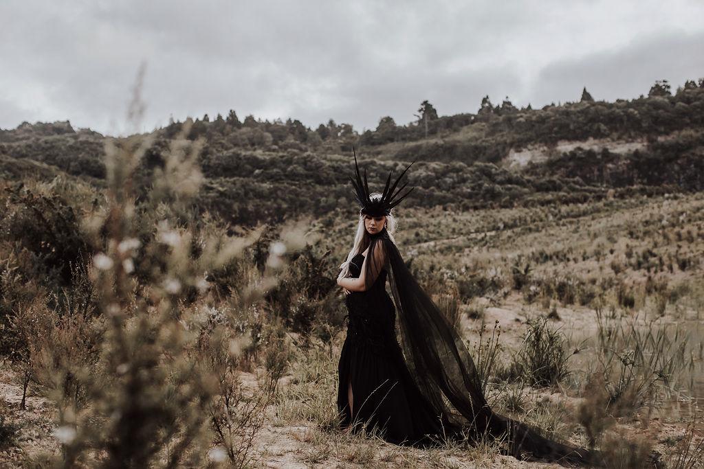 BlackMagicWoman-BiancaHawk-ElizabethMayBridal-84.jpg