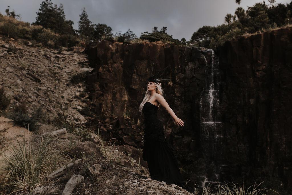 BlackMagicWoman-BiancaHawk-ElizabethMayBridal-104.jpg