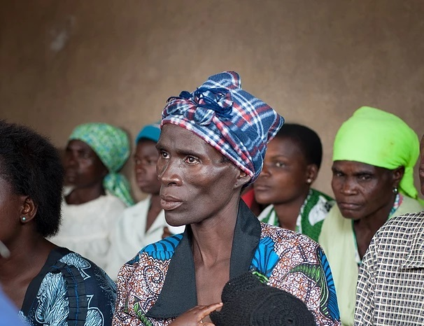 HIV community group gospel in Malawi - Multi-party harmony singing from a HIV group in Southern Malawi