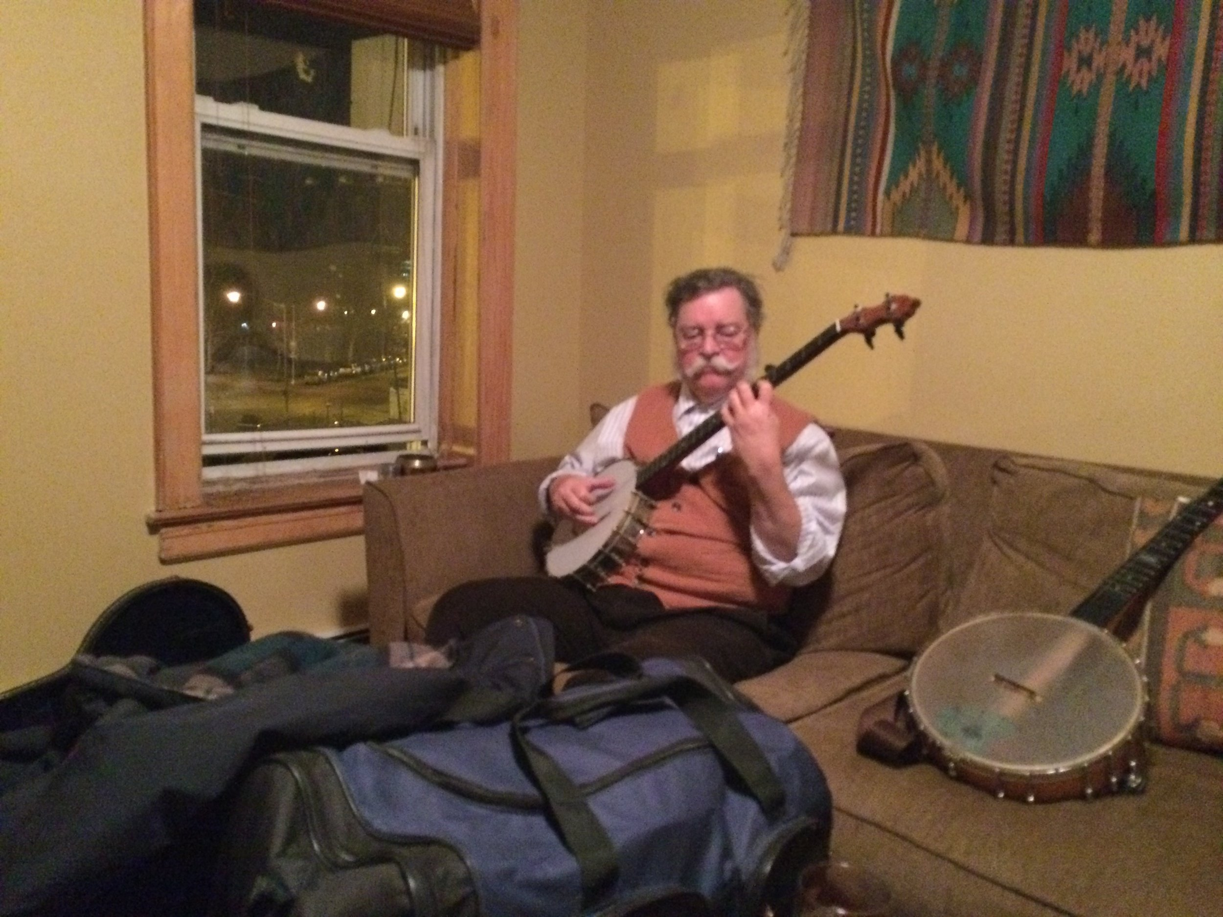 """Classic Ragtime Banjo in Brooklyn - Classic """"finger style"""" banjo is kept alive by some hard-core devotees. A night with two ragtime giants in Red Hook, Brooklyn."""