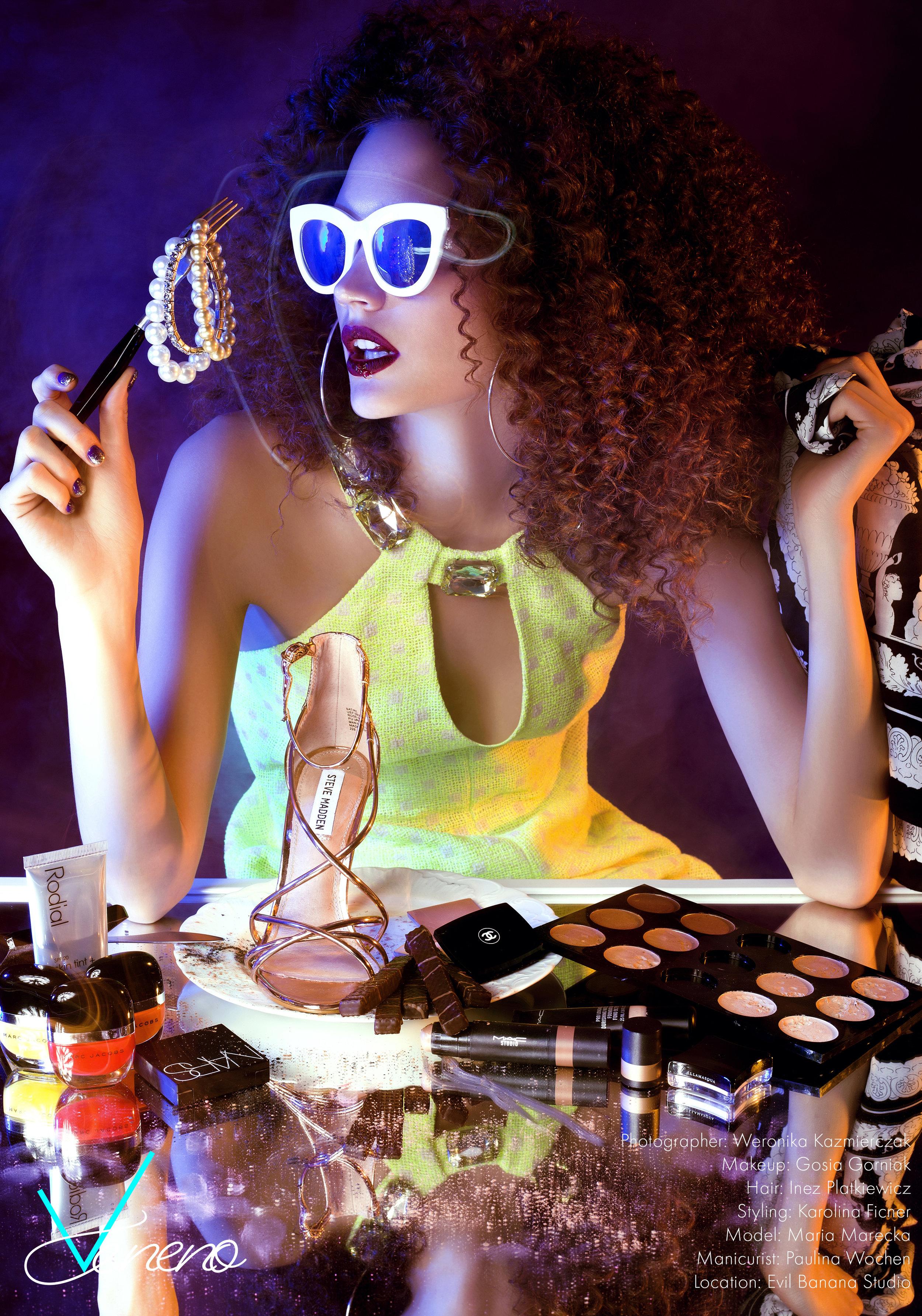 dress MOSCHINO sunglasses QUAY, earrings NATASHA SCHWEITZER, scarf VERSACE  (table) shoe STEVE MADDEN  MARC JACOBS nail polish RADIAL Skin Tint 01 Capri NARS Dual Intensity Blush MAC Pro Longwear foundation; Quiktrik Stick CHANEL Ombre Essentielle eyeshadow ILLAMASQUA Pure pigment  COSMETICS: MAC Strobe Cream, PREP + PRIME ESSENTIAL OILS STICK YSL Touche Eclat 2,5 MAC Pro Longwear Foundation NC 15 TOM FORD Lipstick 10 Black Dahlia GIVENCHY Poudre Premiere Universal Nude MAC Studio Finish Concealer Duo TOM FORD Skin Illumination Powder Duo MAC Pro Beyond Twisted Lash Mascara