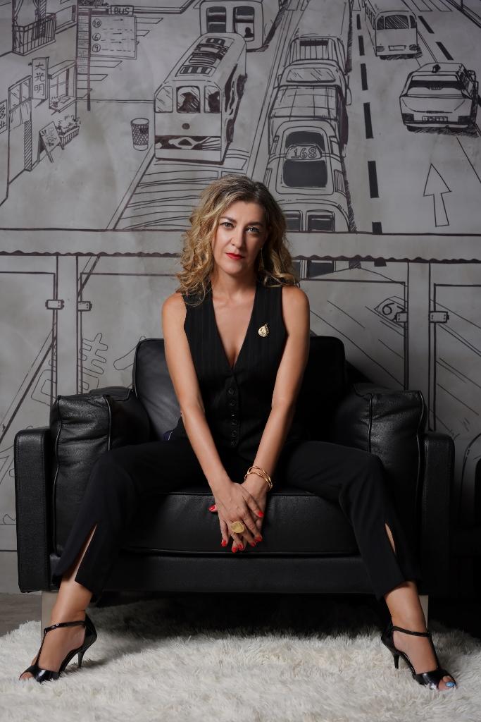 Maria Conti - Extraordinary