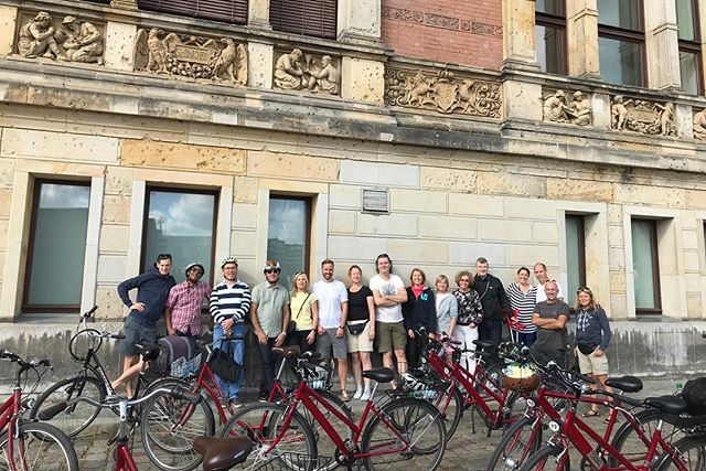 Årets konferensresa till Berlin med vårt fantastiska NOX-nätverk 🇧🇪🧡 Härliga dagar med bland annat teambuilding, AI-föreläsning, besök på Futurium och guidad tur på cykel 🌟