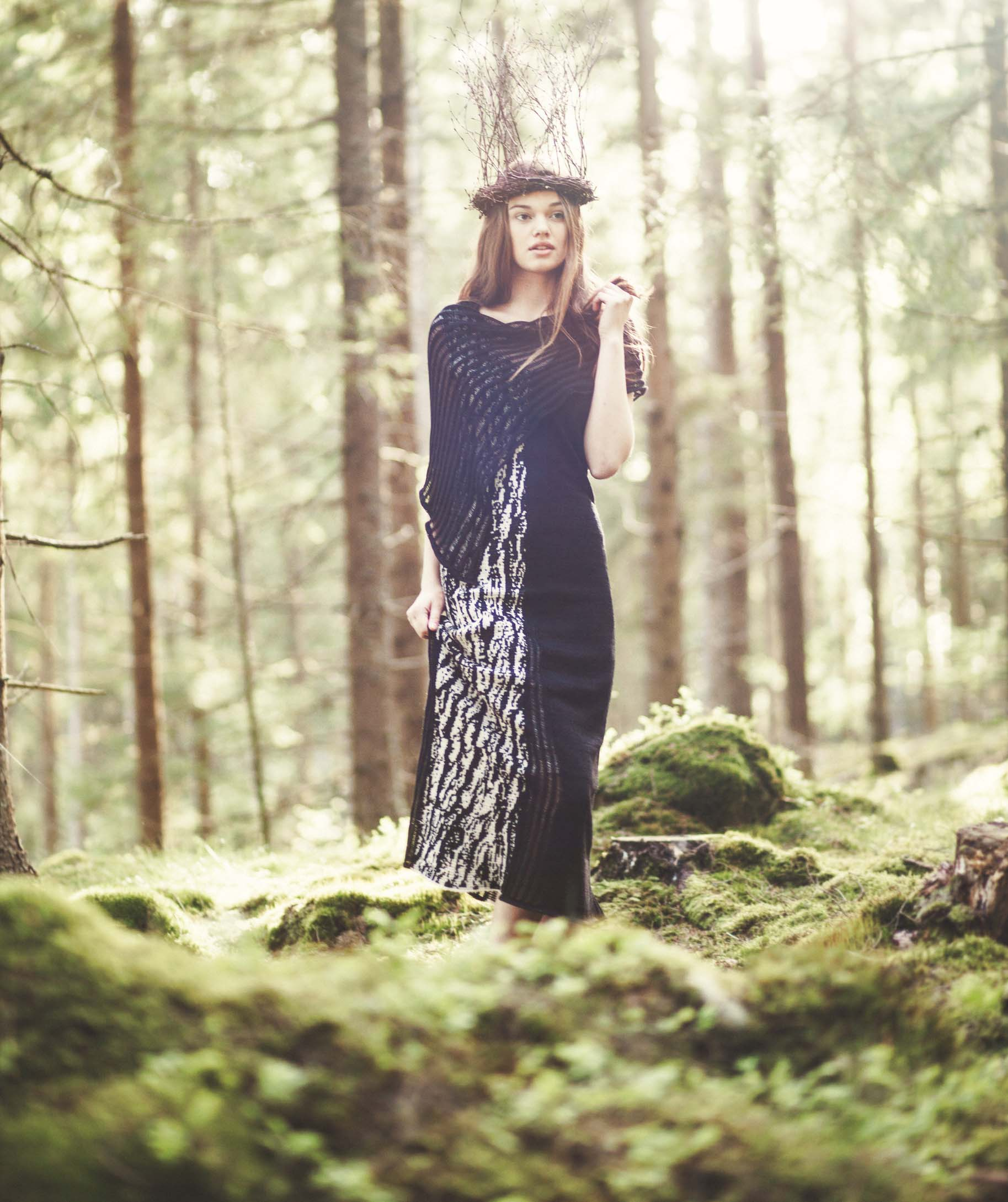 Björk lång klänning hela.jpg