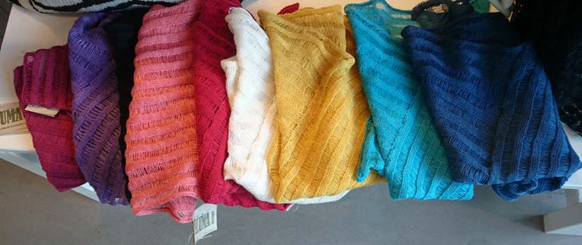Galler poncho different colours.jpg