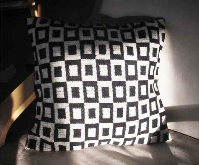 Pillow big square.jpg